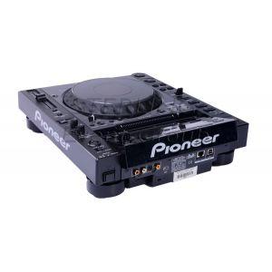 Pioneer CDJ2000 DJ Deck